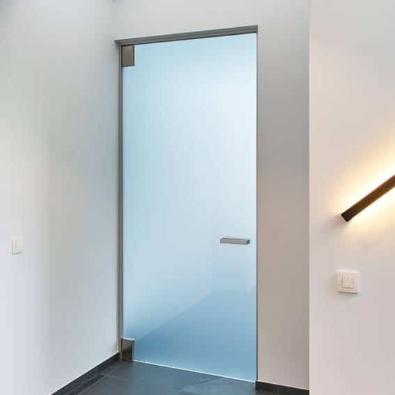 Glass doors and partitions 4