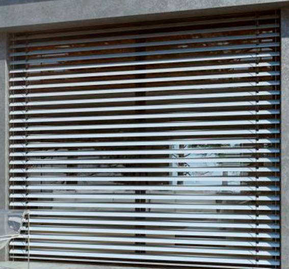 Exterior venetian horizontal blinds 13