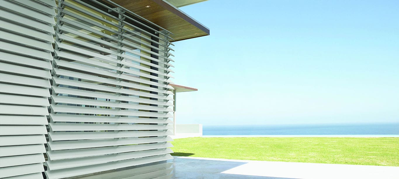 Exterior venetian horizontal blinds 1