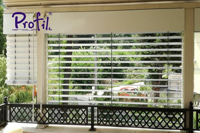 Exterior venetian horizontal blinds 19