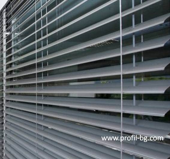 Exterior venetian horizontal blinds 16