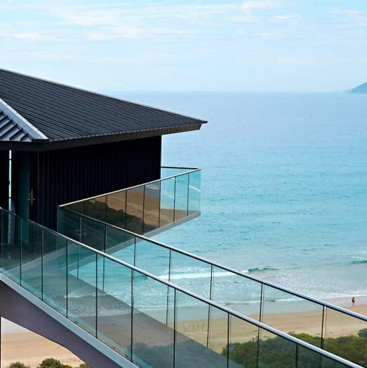 Glass railings & balustrades 7