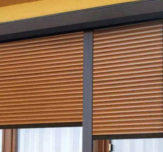 External roller blinds 12
