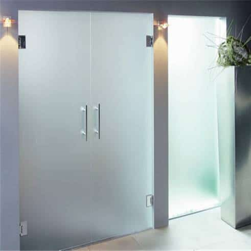 Glass doors and partitions 6