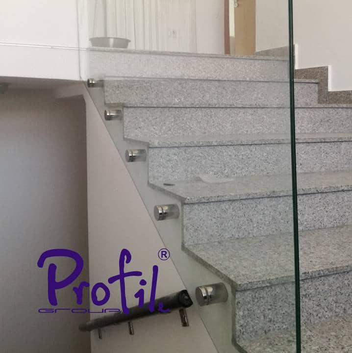 Glass railings & balustrades 19