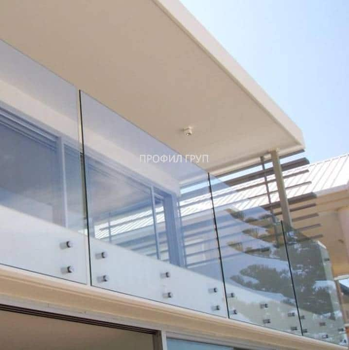 Glass railings & balustrades 24