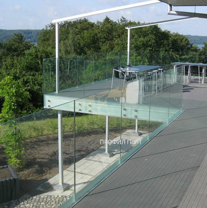 Glass railings & balustrades 21