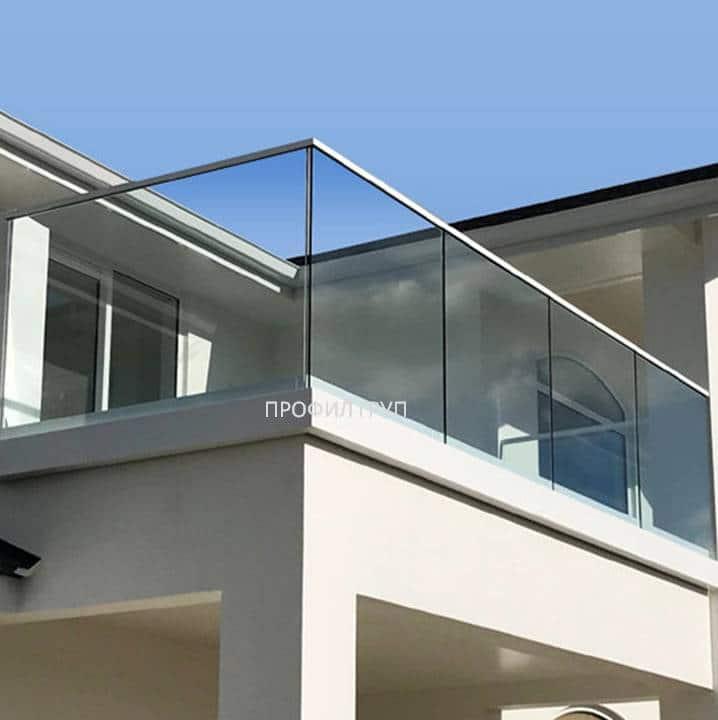 Glass railings & balustrades 22