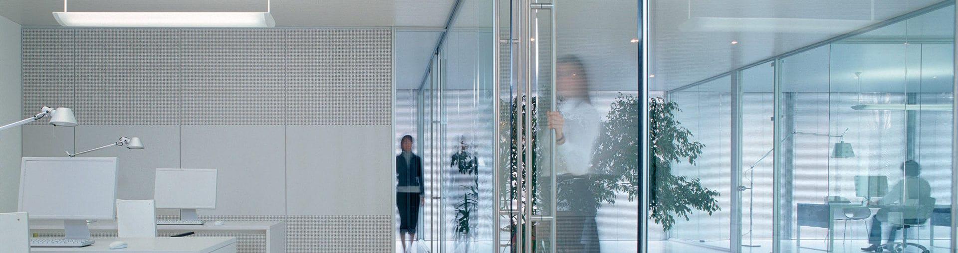 Стъклени врати и витрини 1