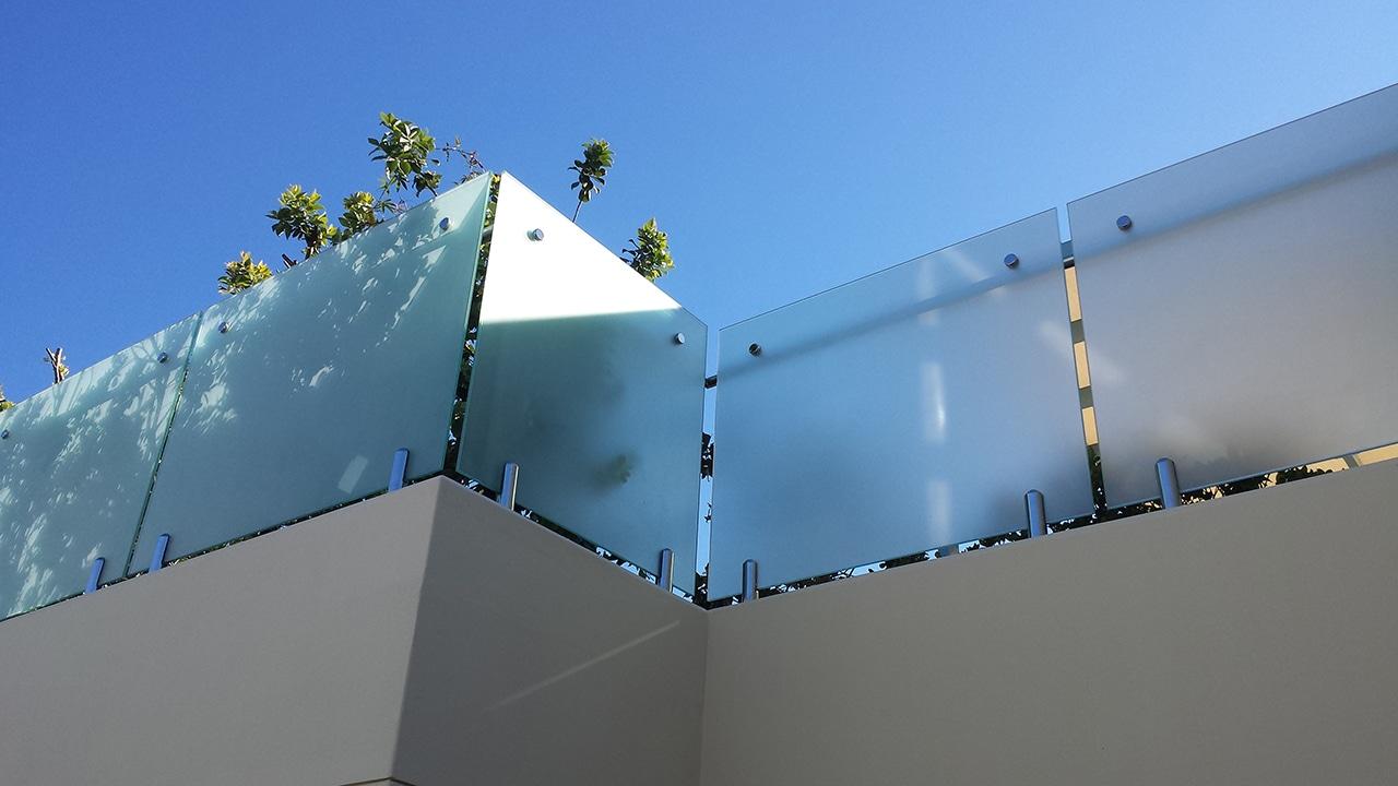 Glass railings & balustrades 1