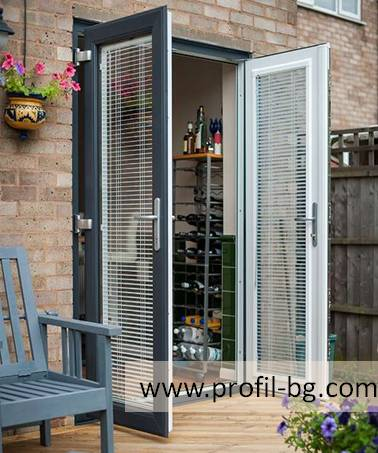 Entrance doors - PVC & aluminium 8