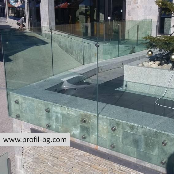 Glass railings & balustrades 31