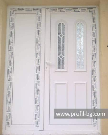 Front doors with decorative thermo panel 34