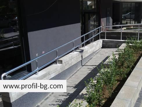 Aluminium railing systems 16
