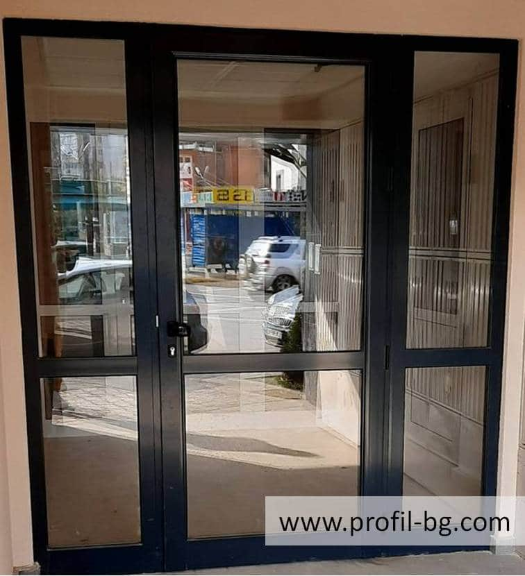 Entrance doors - PVC & aluminium 31